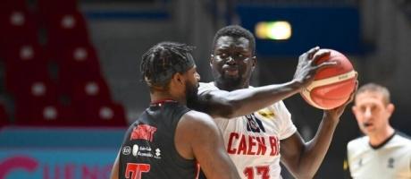 Section Basket : le joueur professionnel Moïse Diamé à Saint-Lô